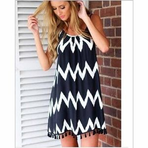 Zig-zag patterned swimsuit cover